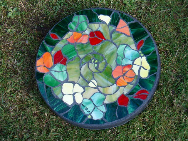 Stained glass stepping stones stepping stones step stones nanaimo stained glass stepping stones made on gabriola island near nanaimo bc vancouver island maxwellsz