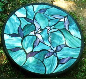 Home Garden Stepping Stone made at Hello Darlly Garden Art located on Gabriola Island, near Nanaimo, BC, Vancouver Island